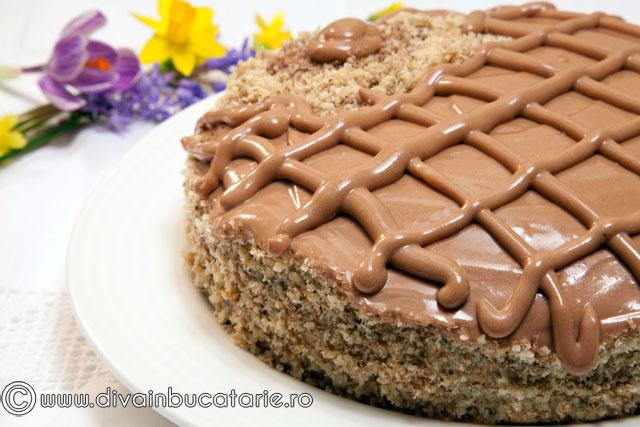 tort-de-morcovi-cu-ciocolata-01