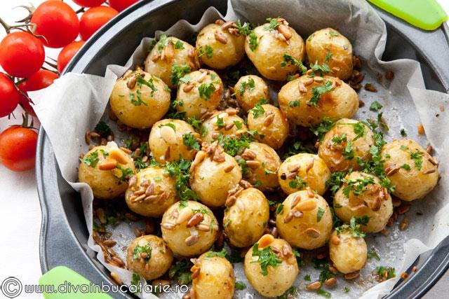 cartofi-noi-cu-seminte-6193