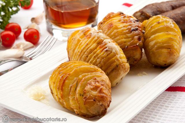 cartofi-hasselback