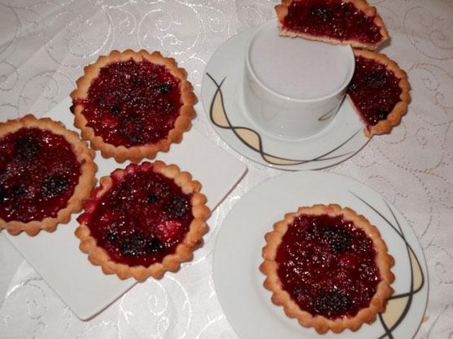 cornea-laurentia_mini-tarte-cu-fructe