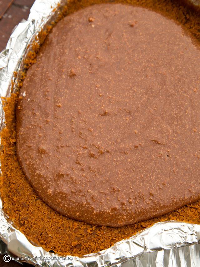 tort-cu-mousse-de-ciocolata-si-mascarpone-3